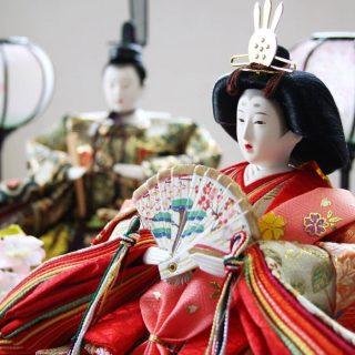 ひな祭りを楽しむ!コンパクトでおすすめのひな人形の飾り方3選