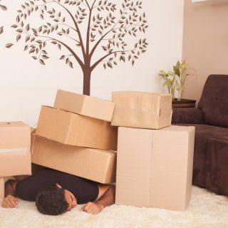家具や物件選びに注意!初めての一人暮らしで失敗する人の特徴・原因5選