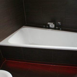 壁や浴槽に注意!お風呂の汚い黒カビを防止するための対策方法3選