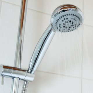 お湯の量や温度に注意!お風呂やシャワーのガス代の節約方法6選