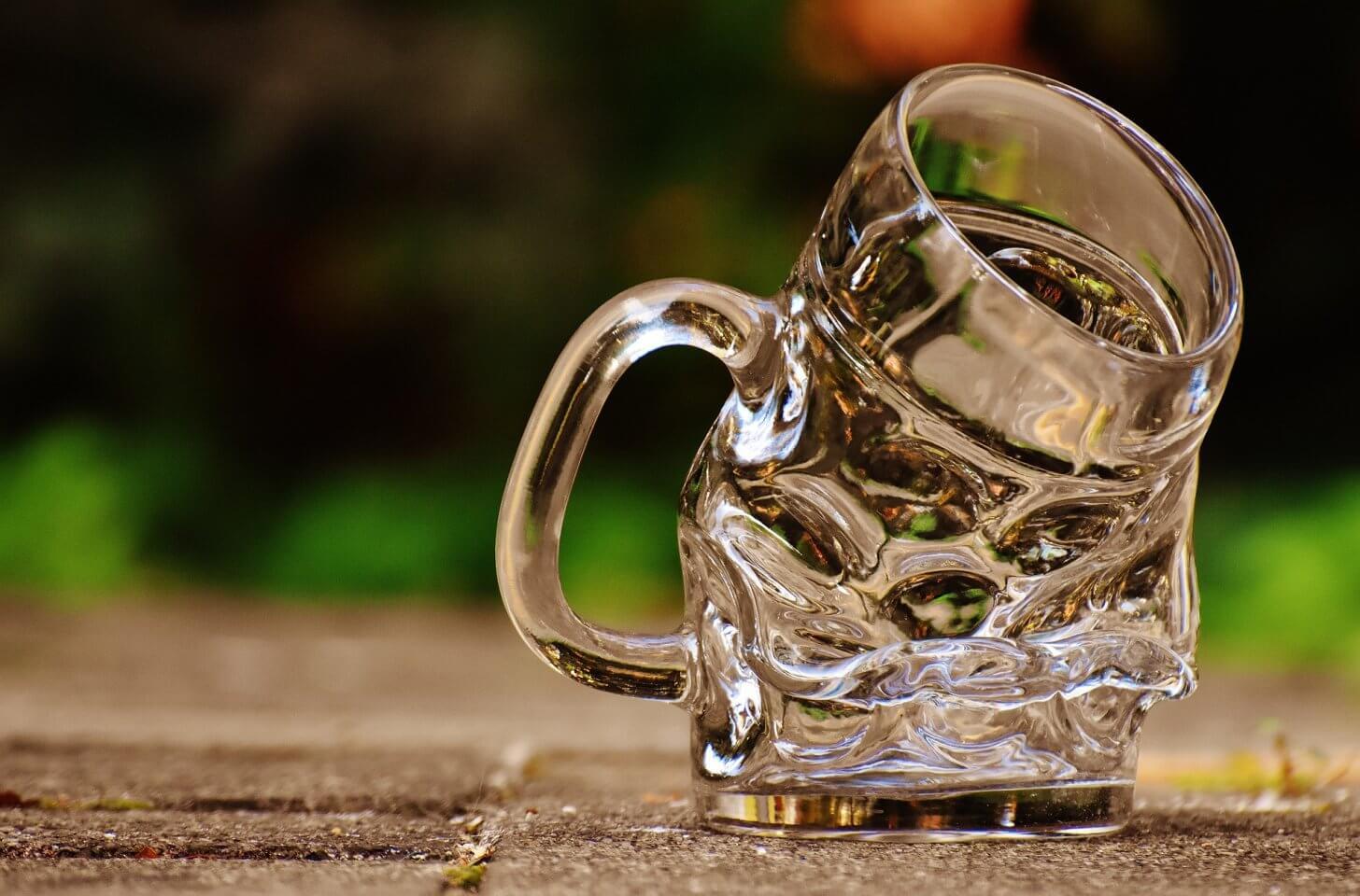 会社の飲み会が嫌いな人は転職するべき!飲み会で得られるものは苦痛のみ