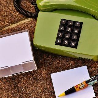 在職中に転職活動をすると前職調査や在職確認で会社に連絡が入る?それを防ぐ対策方法