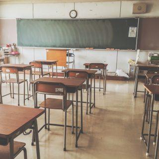 学校に必ず1人はいる!うざいやつのあるあるな特徴や性格5選
