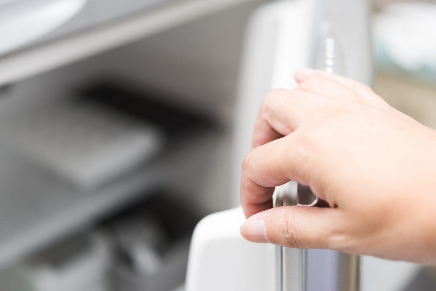 しっかり防止する!冷凍庫に霜がつくのを防ぐ予防対策5選