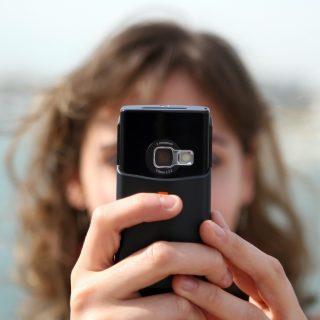 痛いだけ!SNSで自撮り写真ばかりアップする人の特徴や心理5選